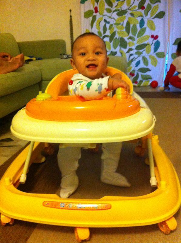 baby first steps walking milestones