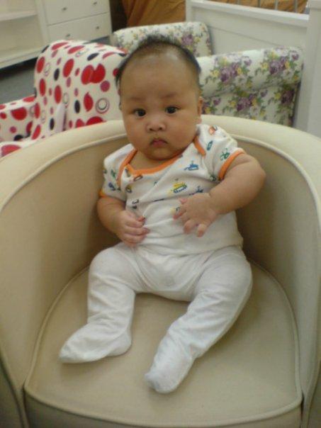 fat baby ayub alamanda