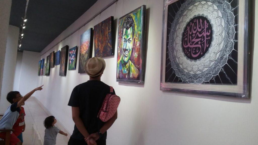free art ledge gallery one utama