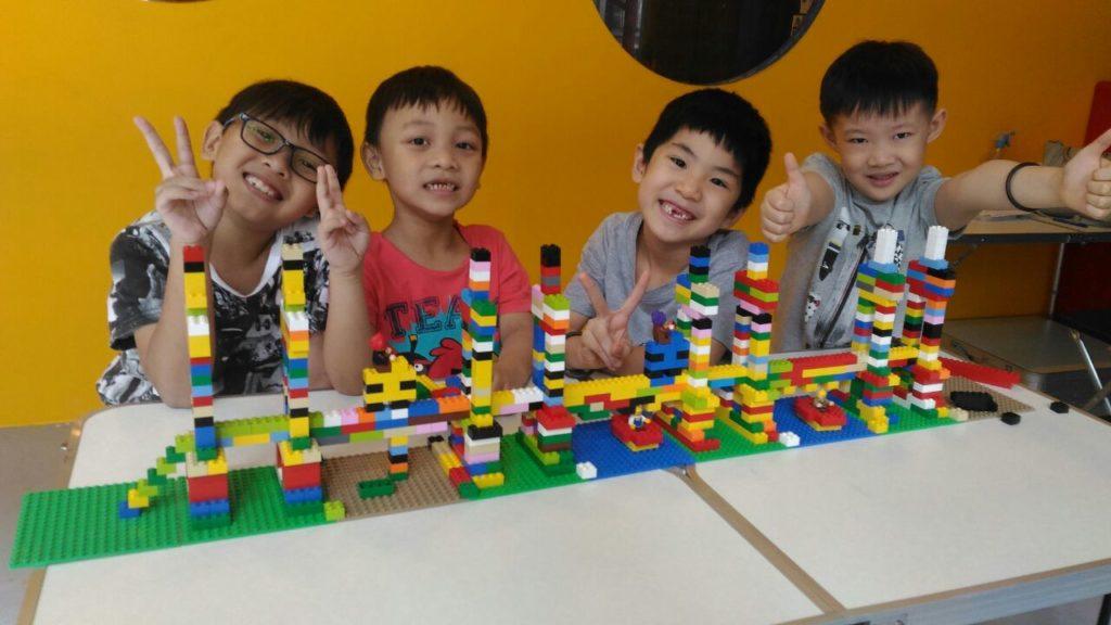 bricks4kidz lego camp school holiday